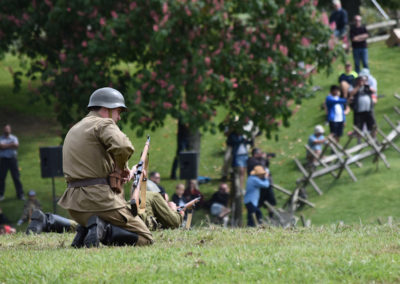 Armistice in Cambridge NZ: 2018 Military Re-enactor reloading