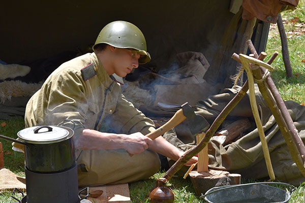 Armistice in Cambridge - Military Encampment