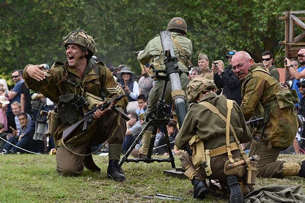 Armistice in Cambridge - Military Reenactment mortar launch